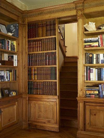 hidden passageway in bookcase