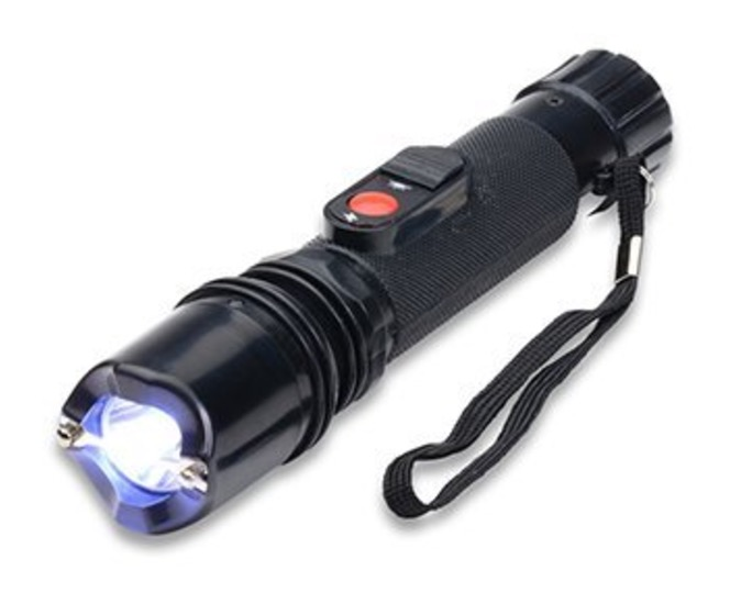Police 230,000,000 Super Bright Durable Flashlight Stun Gun review