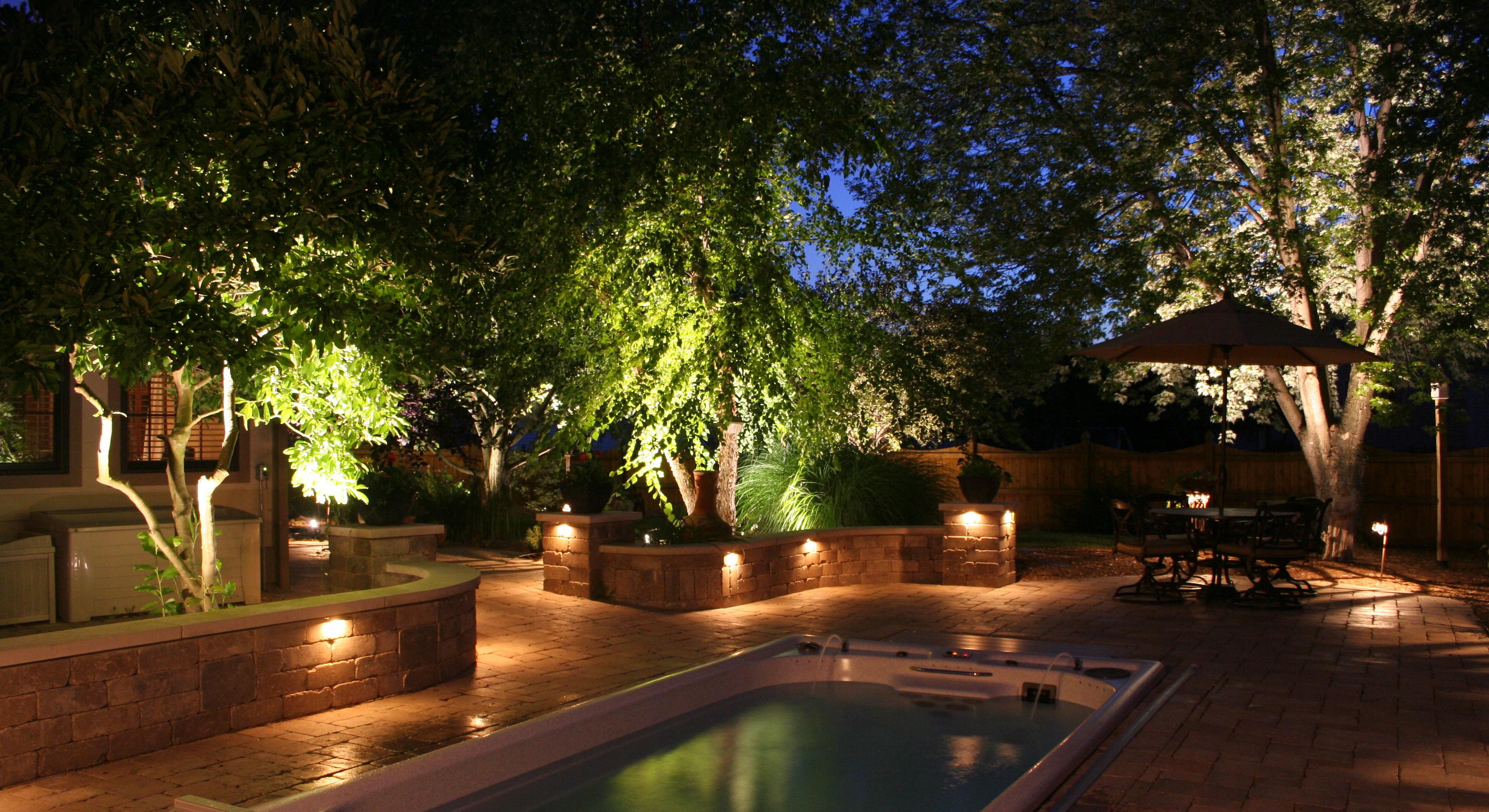 Low Voltage Landscape Lighting Design